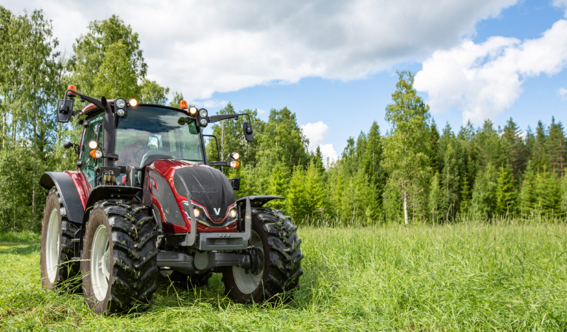Valtra Introduces 5th Generation A Series